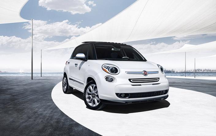 Фото новой модели авто Fiat 500L 2014 года