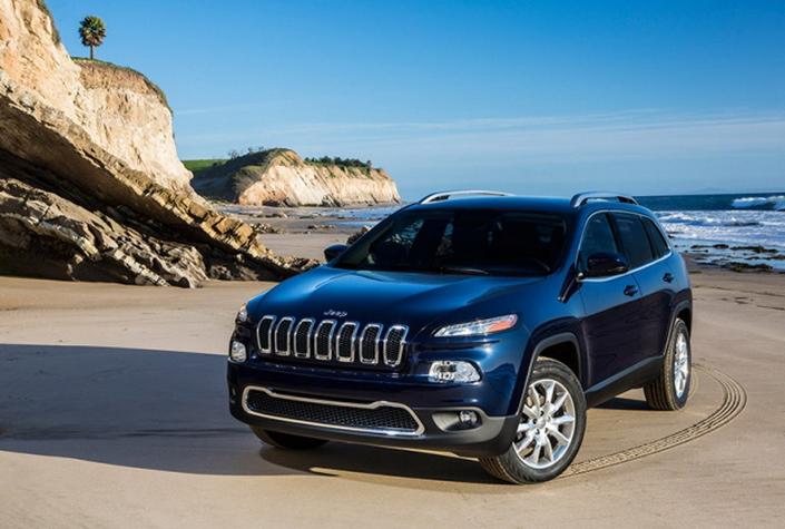 Фото новой модели авто Jeep Cherokee 2014 года