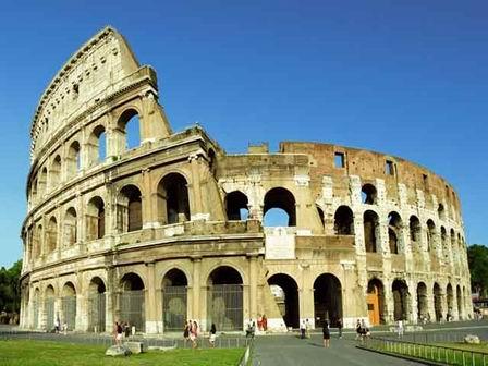 В 2007 году одним из семи чудес света был признан римский Колизей – гигантский амфитеатр, пришедший к нам из далекого прошлого. Он был построен благодаря неуемному самолюбию Веспасиана – так император хотел навсегда истребить память о своем предшественнике Нероне.