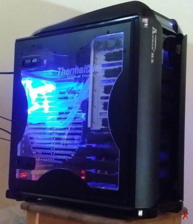 GAMER Intel QUAD CORE MODDING PC mit Wasserkühlung